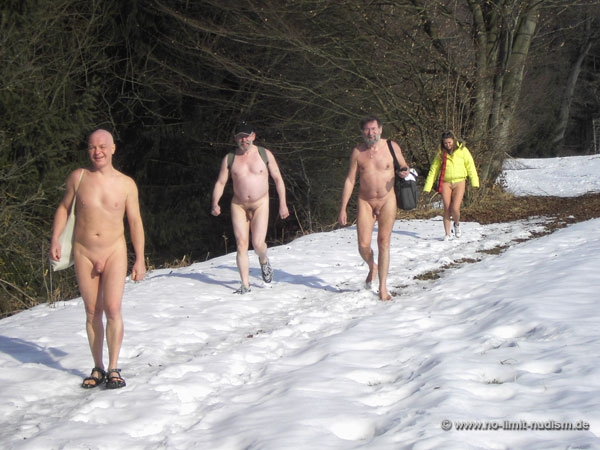 no-limit-nudism.de