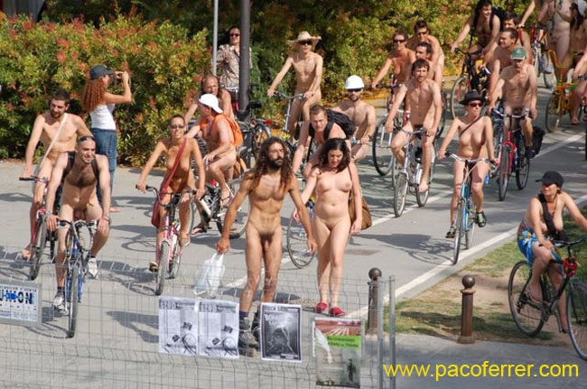 World Naked Bike Ride ciclonudista Valencia 2007
