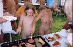 Enfants Adolescents naturistes nus